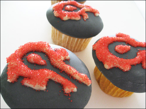 World of Warcraft Horde Cupcakes